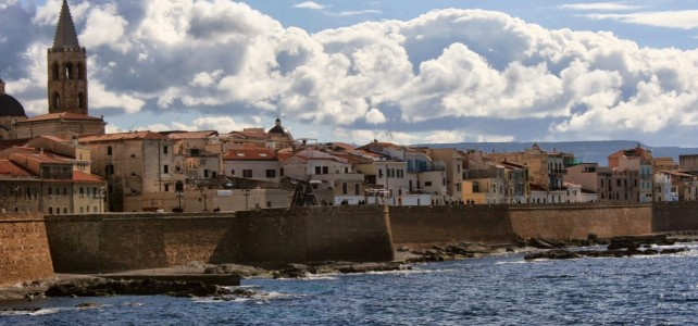 Alghero – Stadtromantik auf Sardinien