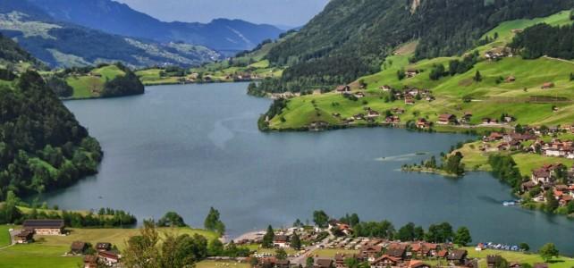 Zürich und die Schweizer Alpen